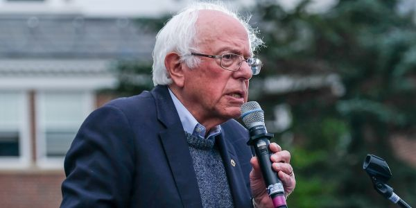 US officials told Bernie Sanders Russia is trying to help him win the Democratic nomination