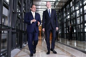 Egyptian president meets with French business leaders
