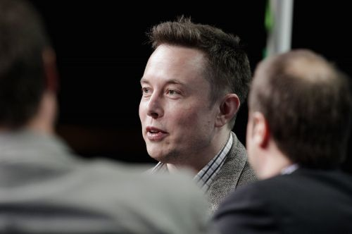 Tesla's board of directors says Elon Musk brought up going private last week