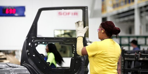 US economic recovery weakens with election and pandemic presenting new risks, IHS Markit says