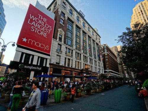 Macy's reports mixed third-quarter results, raises its full-year guidance