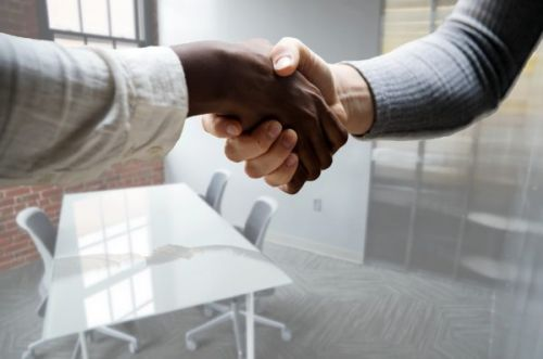 Hiring a Sales Rep: Best Practices For Interviewing Candidates