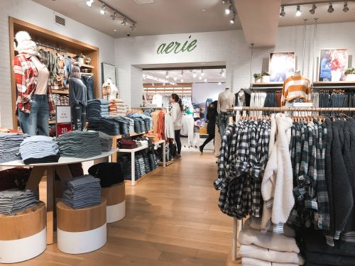 We shopped at American Eagle's Aerie store and saw why it's achieved explosive success while Victoria's Secret has struggled