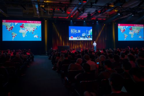 OpenStack regroups