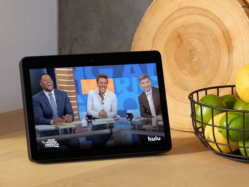 I've owned Amazon's Echo Show for six months now - here's what I use the screen for