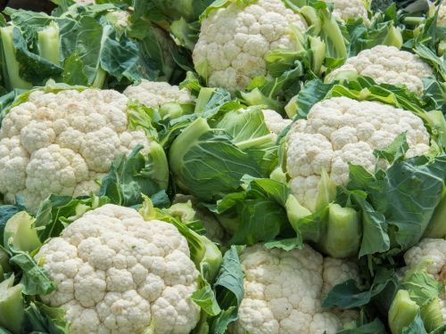 A farm that has been connected to the romaine E.coli outbreak is now recalling cauliflower and lettuce