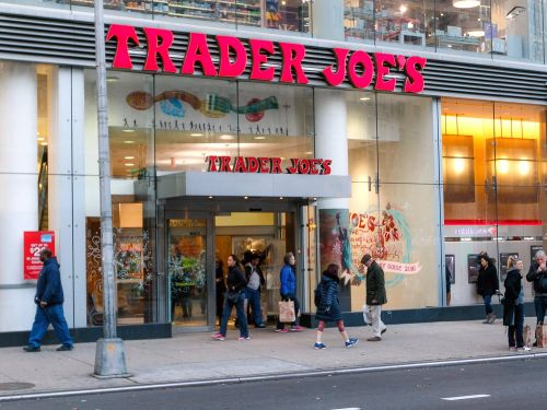 Trader Joe's recalls salads that may contain shards of glass
