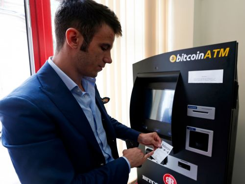 Bitcoin slumps after bomb threats that were emailed across the US demanded it for ransom