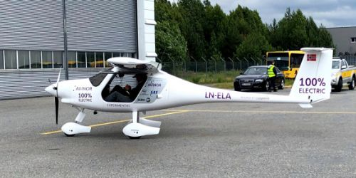 Norway tests two-seater electric plane, expects passenger flights by 2025