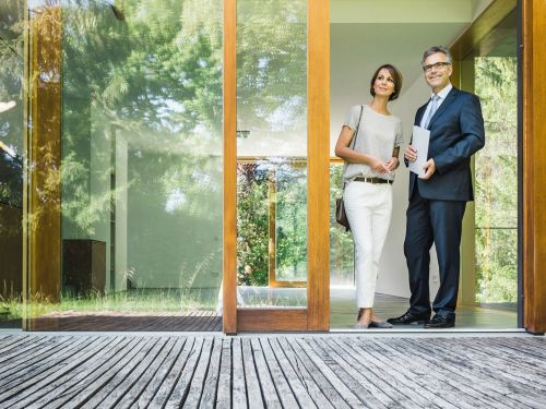 Why it's a seller's market in real estate
