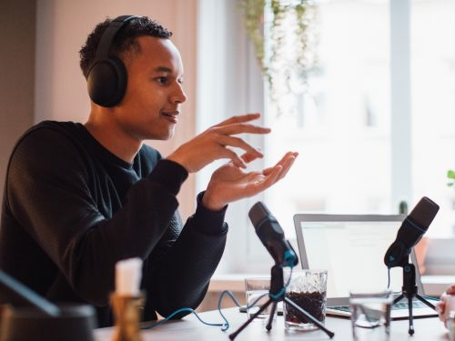 24 podcasts picked by industry leaders, executives, and business school professors that are almost as good as getting an MBA