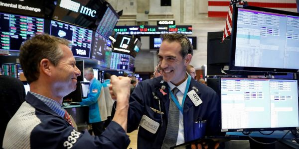 Dow climbs 139 points, Nasdaq soars as tech giants rally ahead of earnings