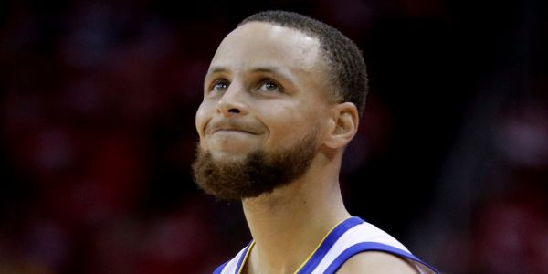 Stephen Curry says his moon-landing comments were a joke