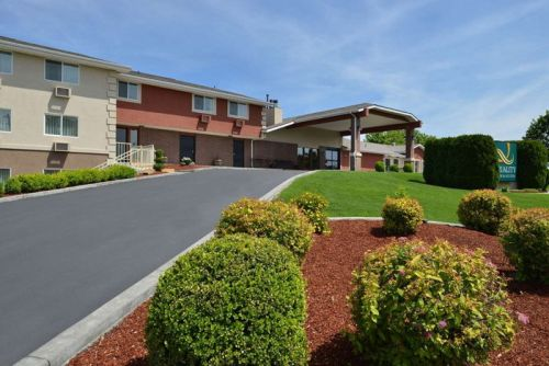 Crystal Investment Property Brokers the Sale of Quality Inn & Suites - Walla Walla, Washington