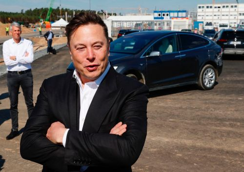 Morgan Stanley explains how Elon Musk and Tesla could follow the playbook Tim Cook used to make Apple the world's most valuable company