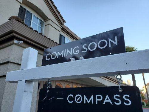 Compass touts its tech prowess to justify an IPO likely to seek over $10 billion. But analysts think it's just a plain old real-estate brokerage