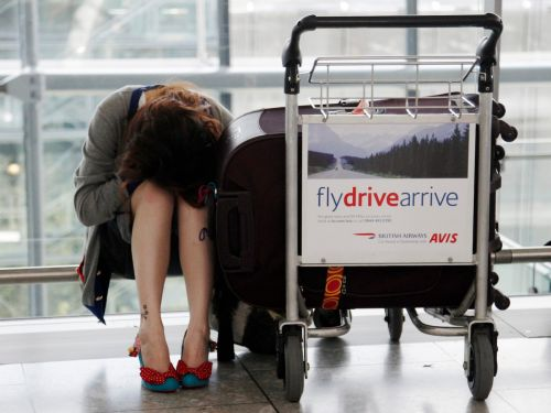 9 horrible things tourists have done while flying