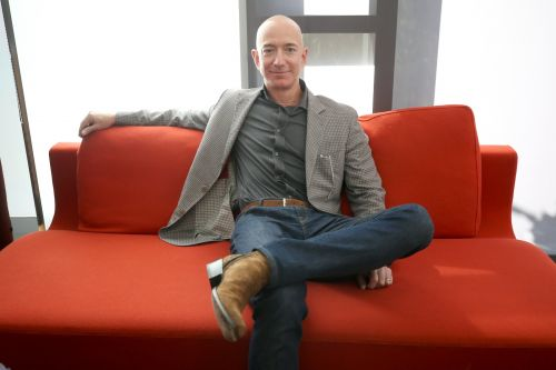 An Amazon bull says the company's stock is his 'best idea' for 2019. Here's why