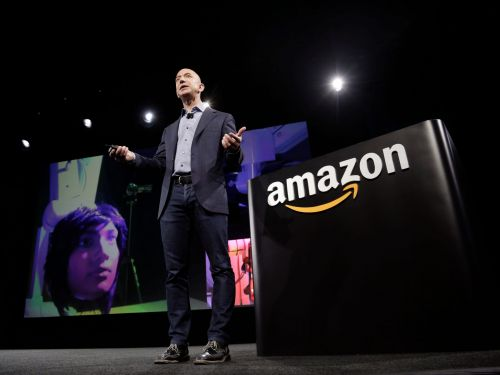 Amazon and Microsoft have the $7 billion-plus federal cloud market so 'locked up,' analysts say the real challenge will be standing out from each other