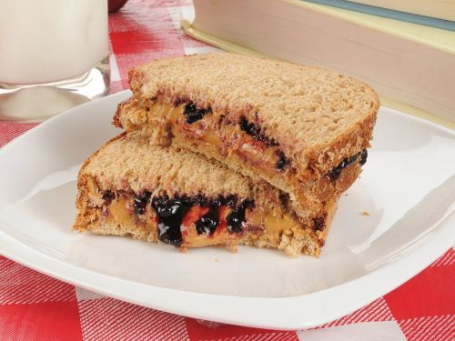 The best way to make a peanut butter and jelly sandwich, according to 4 chefs