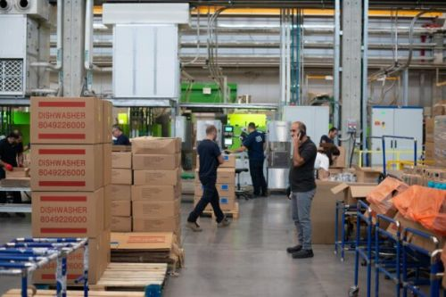 Ecommerce Fulfillment - Develop Your Strategy to Win and Keep Customers