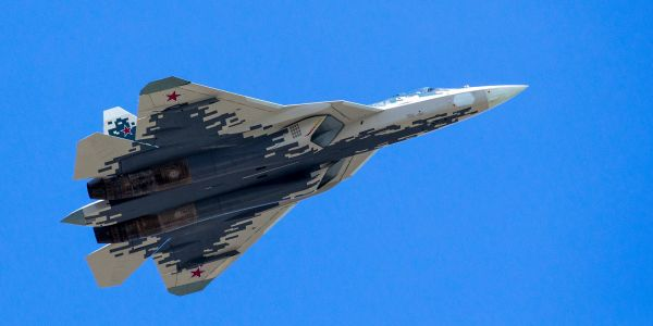 New video shows Russia putting its most advanced stealth fighter to the test in war-torn Syria