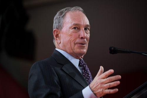Bloomberg is planning to make readers pay up to read its digital content