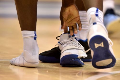 Nike Is Ridiculed Online After Zion Williamson's Shoe Splits in Duke-UNC Game