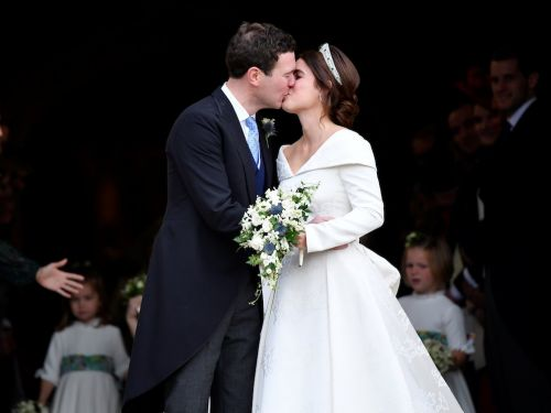 Princess Eugenie intentionally showed off her back scar in her wedding dress, and people applauded her choice
