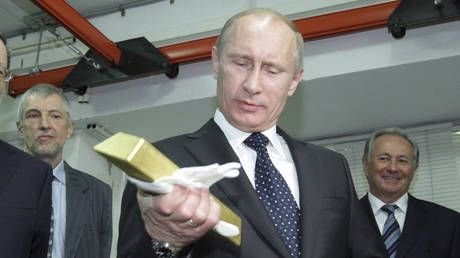 Russia's reserves fully cover nation's internal & foreign debt for 1st time ever - Putin