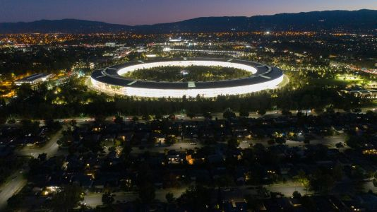 Apple will reportedly provide optional COVID-19 tests for employees as they return to work