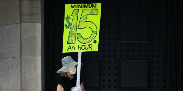 History shows how Democrats can still get their minimum wage increase: a bipartisan deal
