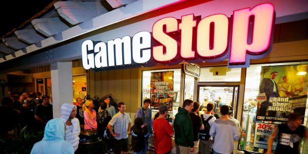 This week's GameStop surge could be upending the stock market as it leads hedge funds to reduce leverage, Fundstrat's Tom Lee says