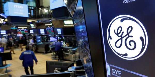 GE was the most popular industrial stock for hedge funds last quarter. Here are 9 firms that likely took a beating after the stock tanked on fraud claims