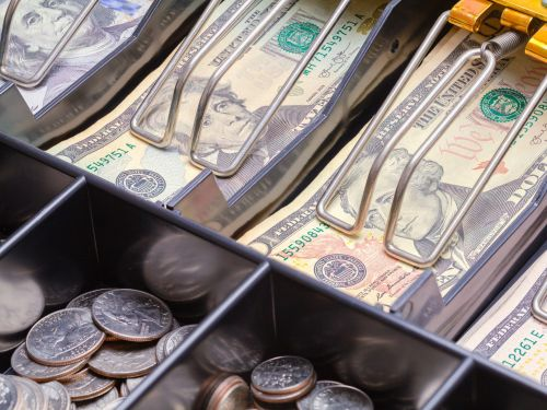 10 reasons why America should go cashless post-coronavirus - and 5 reasons why we shouldn't