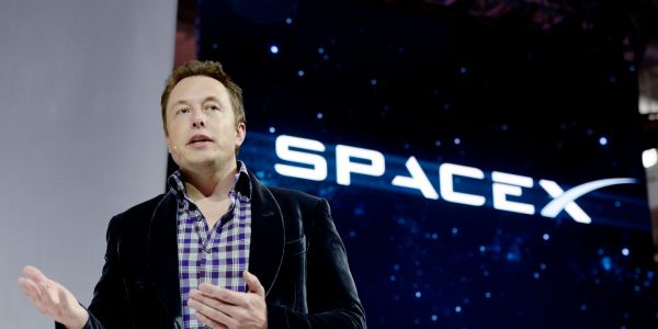 Elon Musk's SpaceX is the latest big tech company to tap the risky leveraged loan market
