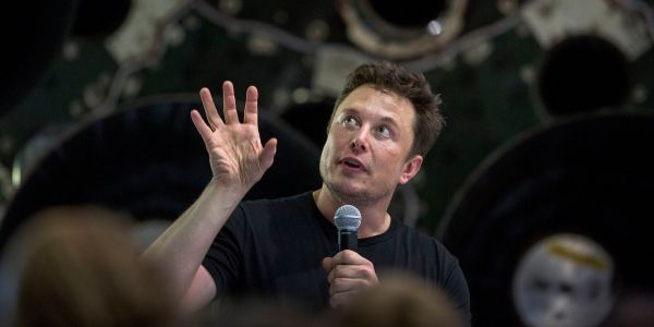 Tesla posted one of its worst quarters in years, but one analyst says there's still a way Elon Musk can get the company back on track