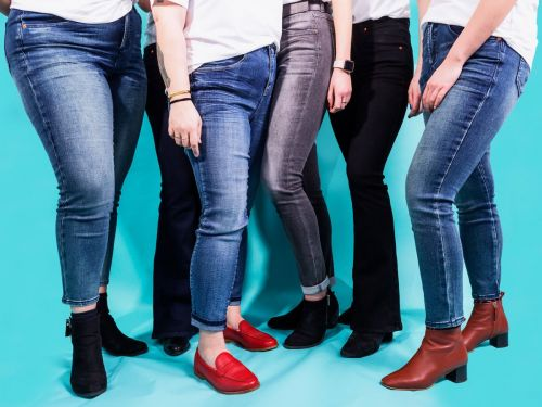 7 women try Universal Standard's new size-inclusive line of jeans that goes from 00 to 40 - here's the verdict