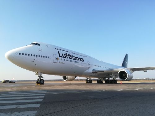 Lufthansa reportedly sued a passenger after he purposely missed a flight