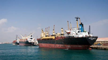 Sudan stalls entry of fuel-carrying ships into its waters to avoid fines for protest-related delays - Energy Ministry
