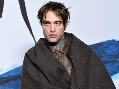 Robert Pattinson is getting mocked for a Jedi-like outfit he wore to Paris Fashion Week