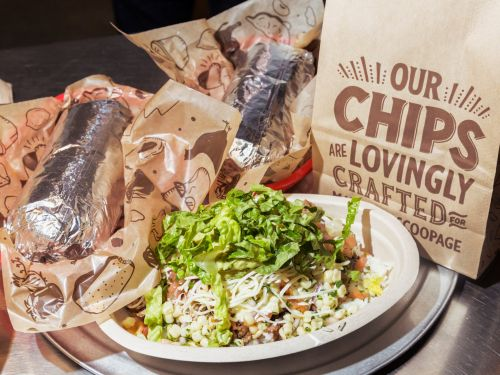 The 7 best vegan and vegetarian items to order at Chipotle