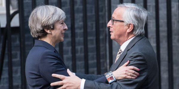 Theresa May to ask the EU for an extra two years of Brexit transition