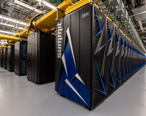 U.S. reclaims top spot for world's fastest supercomputer