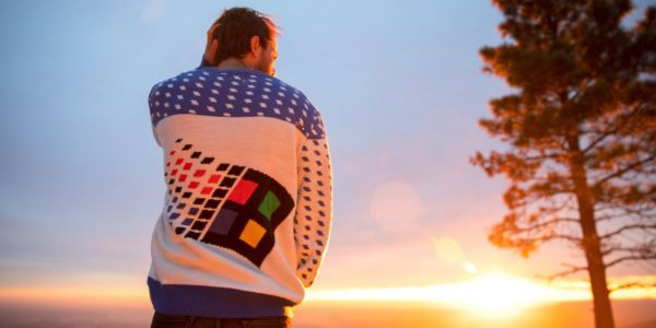 People really want this 'ugly' Windows 95 sweater that Microsoft is giving away, but unfortunately you can't buy it