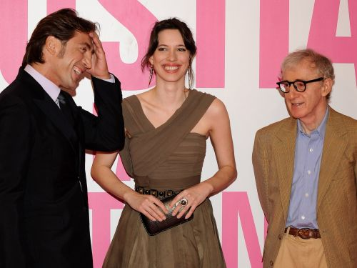 Javier Bardem says Woody Allen is receiving a 'public lynching' - and people are furious