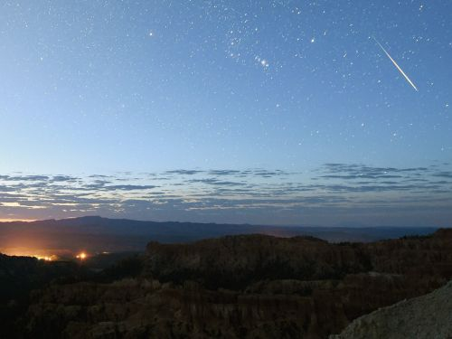 The most spectacular meteor shower of the year is coming this weekend - here's how to watch it