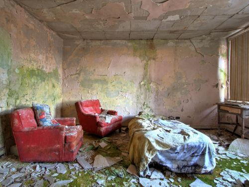 Creepy photos of 13 abandoned US resorts that were once popular summer hotspots