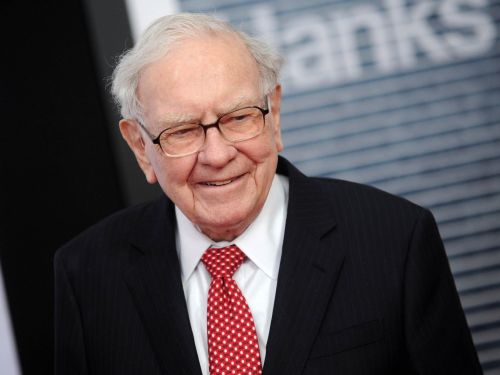 Buffett, Dimon say quarterly profit forecasts harming economy: WSJ