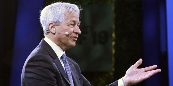 JPMorgan CEO Jamie Dimon says the US economic boom could 'easily run into 2023'